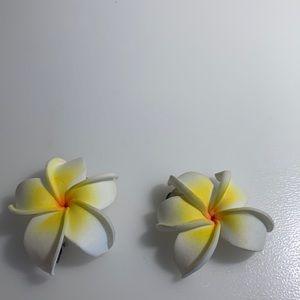 BRAND NEW Hawaiian Frangipani Hair Clips
